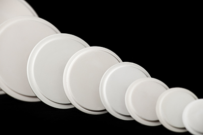 cylindrical ceramic lids